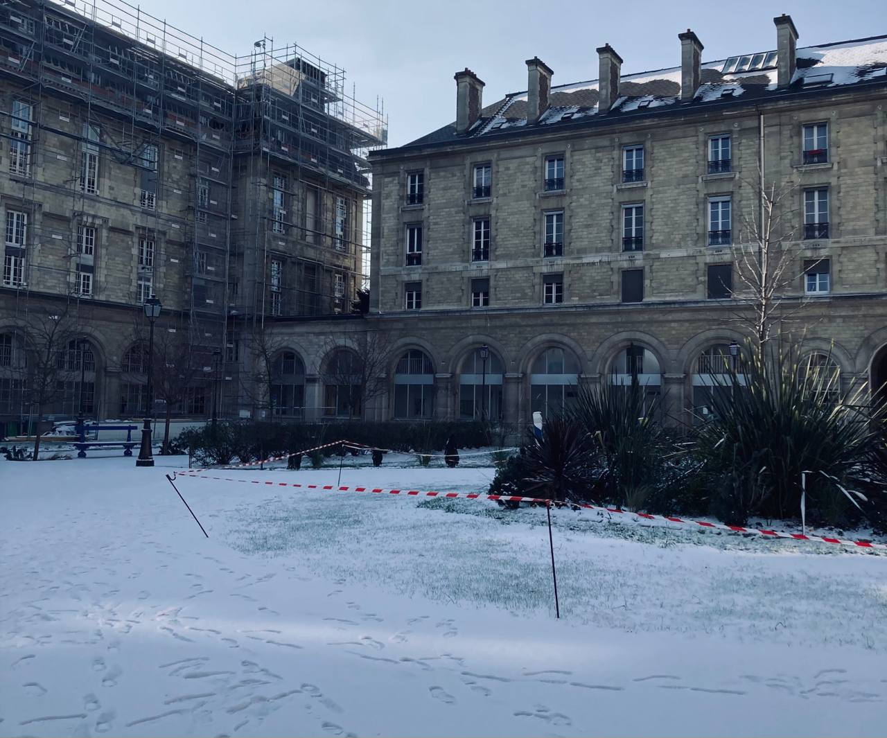 The hospital courtyard under the snow